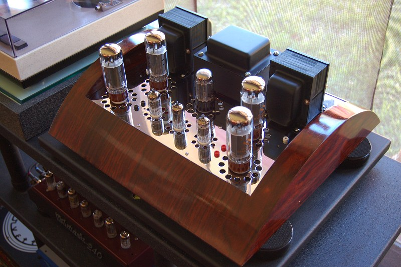 Modern Turn On A Classic St 70 Tube on custom stereo