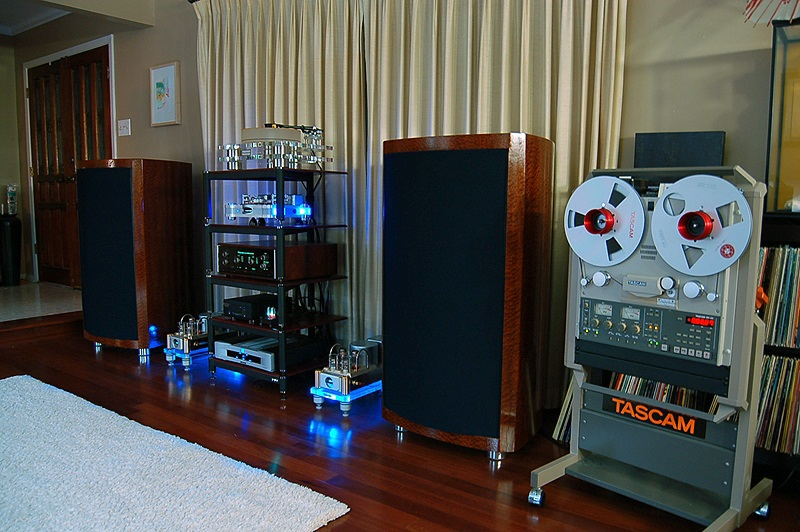 Wardsweb 2 channel system home theater forum and systems for The living room channel 0
